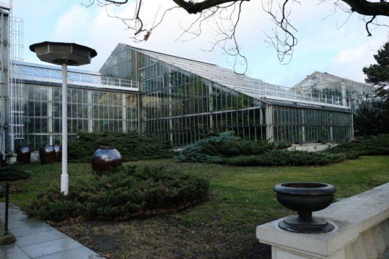 Palmiarnia Poznań zewnątrz, budynek palmiarni, Poznań, Palmiarnia w Poznaniu, Palmiarnia Poznańska